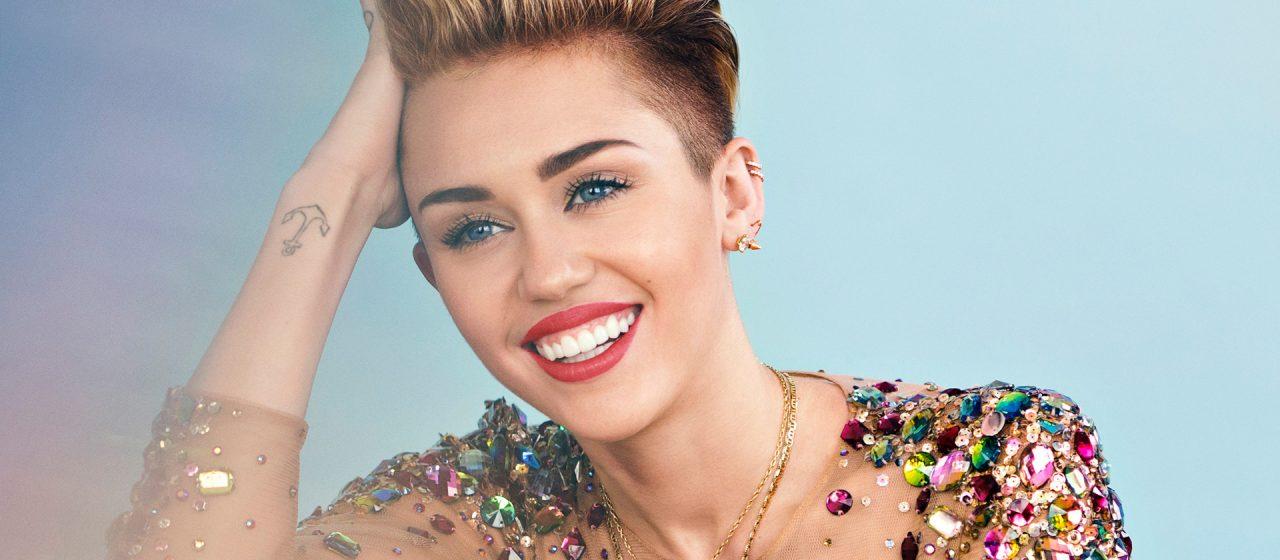 Miley Cyrus sufre ataque de pánico durante su concierto
